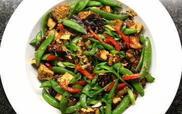 Asian-Tofu-Snap-Pea-Stir-Fry-with-Sesame-Peanut-Sauce-360x227.jpg